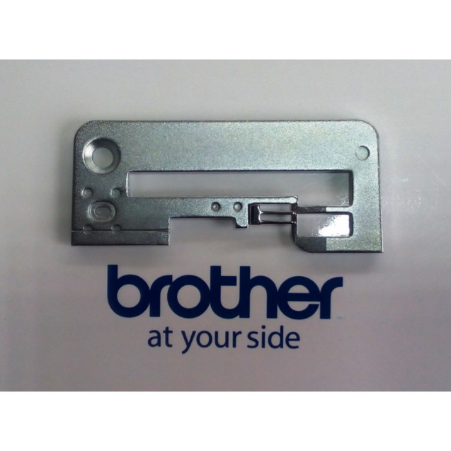 Игольная пластина для оверлока Brother NEW