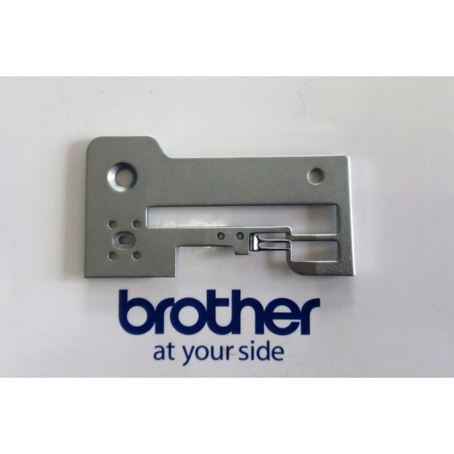 Игольная пластина Brother 355D