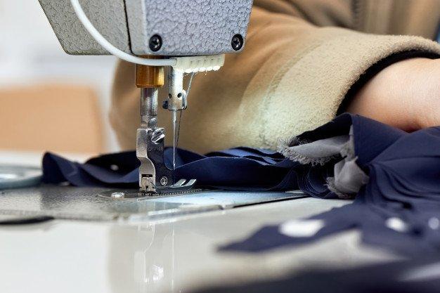Как выбрать швейную машинку для пошива кожи